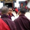 Rinpocze nadzoruje prace przygotwawcze