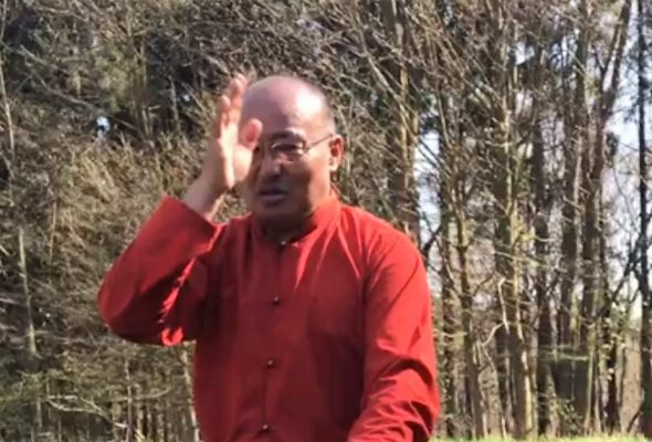 18.04.18 Lhalung Sungtrul Rinpocze pobłogosławił ziemiępod Ośrodek